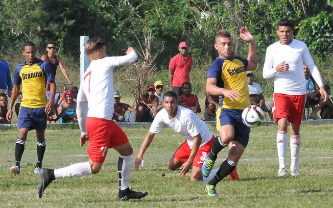 Debutó Granma con triunfo en torneo Clausura del fútbol cubano