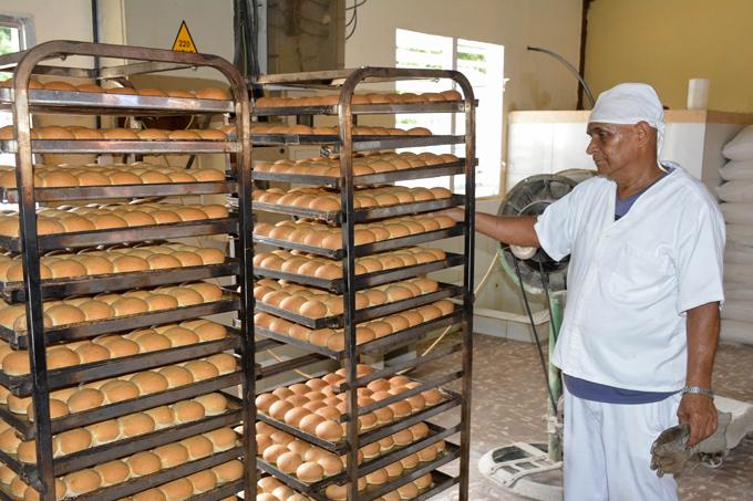 Cubana del pan debate sobre la calidad de sus producciones