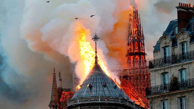 Fiscalía de París descarta intencionalidad en incendio de Notre Dame (+video)
