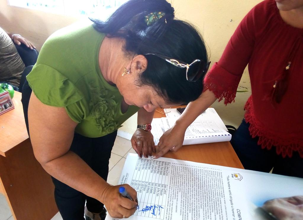 Firman compromiso de honor directivos de empresa de la Construcción