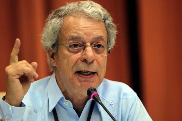 Desde Universidad 2020, Frei Betto destaca la necesidad de erradicar la pobreza