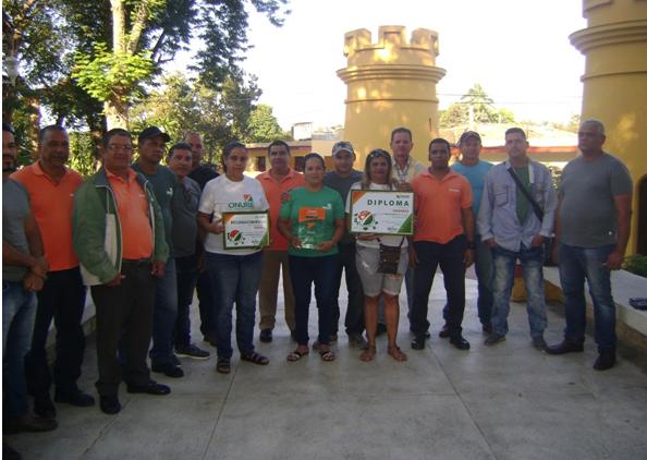 Otorgan Condición de Destacado Nacional al colectivo de la  ONURE en Granma