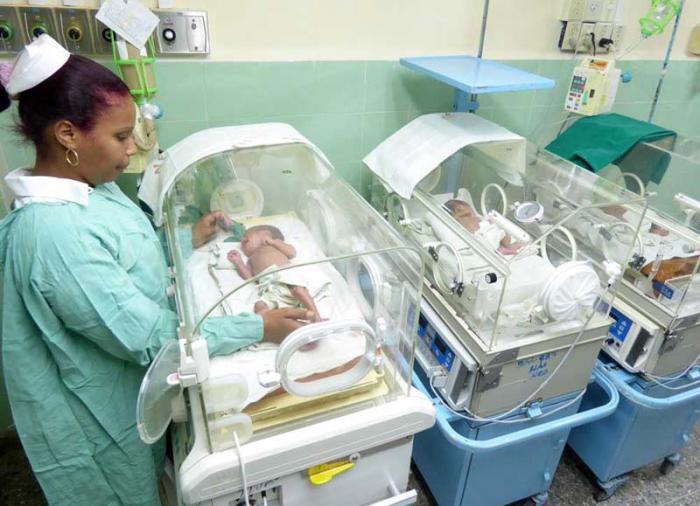 Denuncia canciller acciones de EE.UU. para sabotear cooperación médica cubana