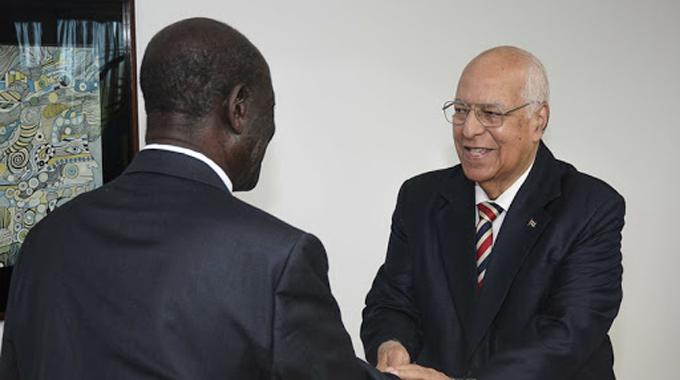 Recibió Cabrisas al Vicepresidente de Uganda