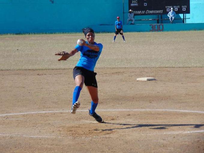 Granma defenderá la corona en Nacional de softbol femenino
