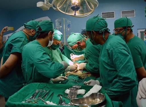 Medio siglo de trasplantes renales en Cuba