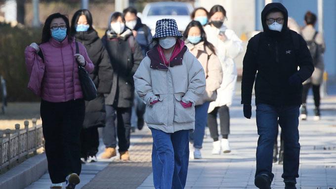 China superó pico de epidemia de Covid-19, asegura funcionario