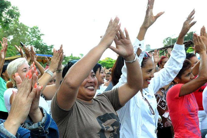 Máximas autoridades de la provincia felicitan a las granmenses
