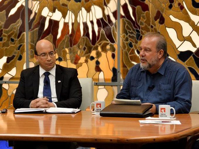Gobierno cubano amplía y extrema medidas para enfrentar la COVID-19