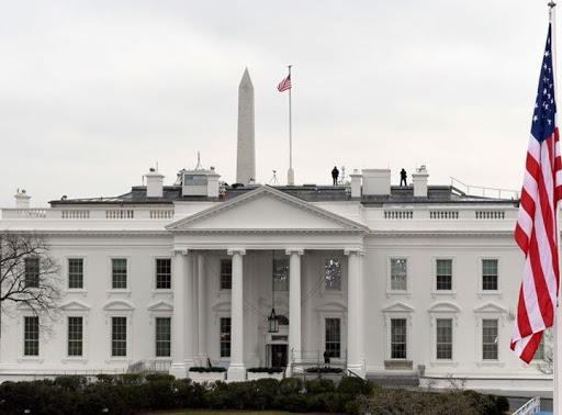 Culpan a la Casa Blanca de pobre reacción ante coronavirus