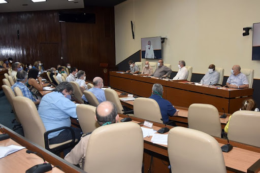 Gobierno cubano endurece medidas para contener la propagación de la COVID-19