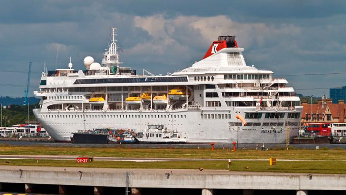 MINREX: Cuba recibirá y brindará atención a viajeros con coronavirus del crucero británico MS Braemar