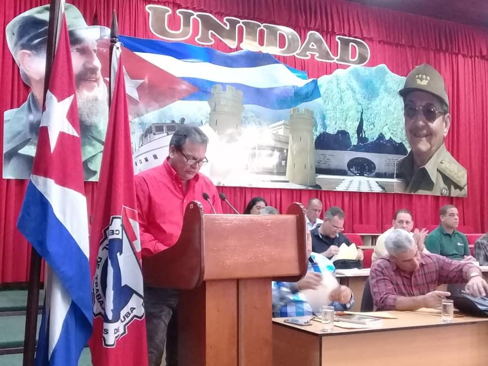 #ÚLTIMOMINUTO: Analizan prioridades sindicales trabajadores de Granma (+ fotos)