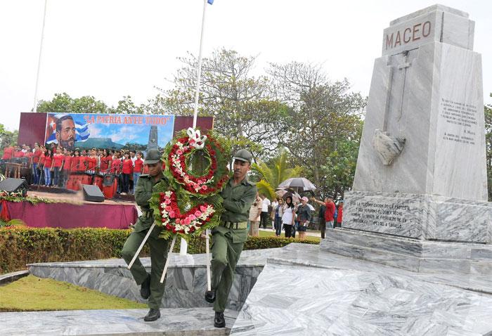 La expedición del honor llega a Cuba