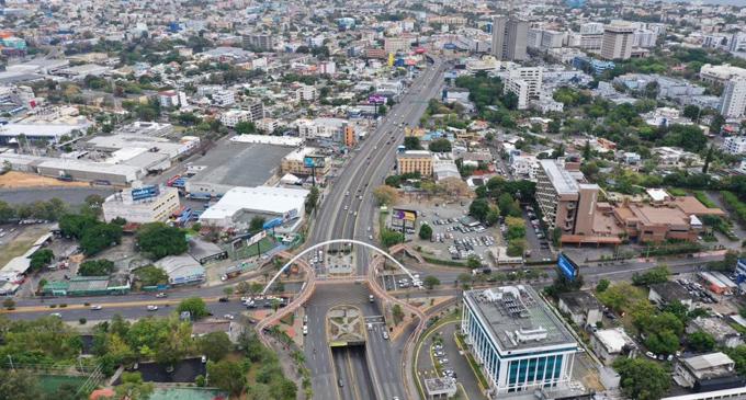 Toque de queda en Dominicana para evitar contagio con la Covid-19