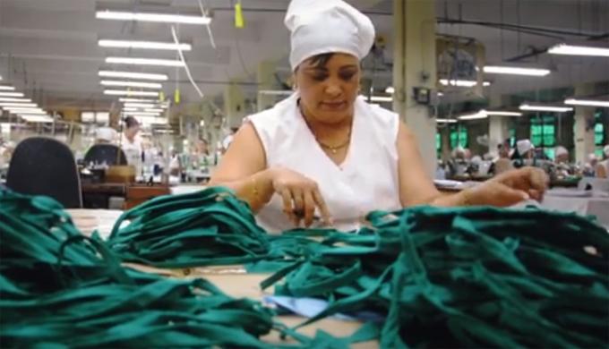 Asume Empresa YAMAREX de Holguín la confección de nasobucos ante amenazas del COVID-19 (+video)
