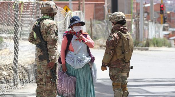 Cuarentena por Covid-19 en Bolivia:denuncias, persecución y letalidad