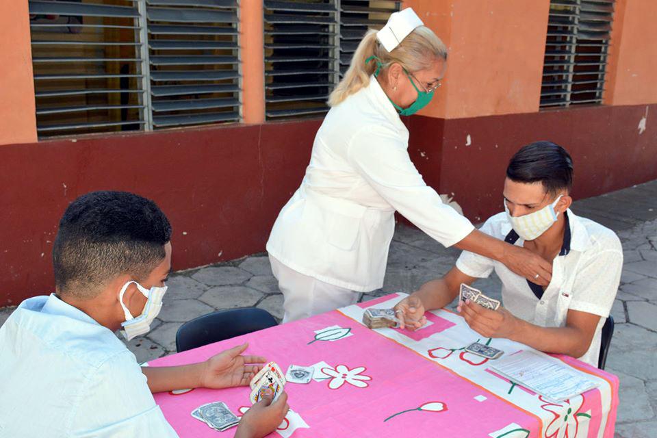 Destacan prestigio de la medicina cubana