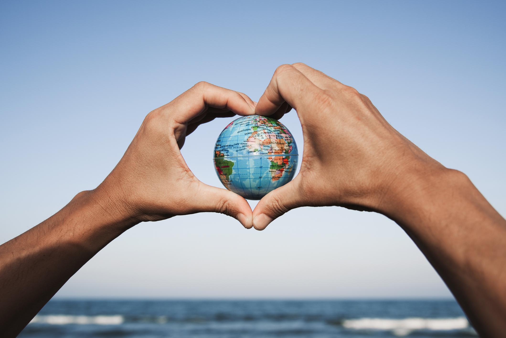 Mnoal: los retos de globalizar la solidaridad (+video)