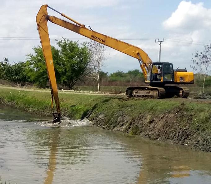 Trabajan para mejorar abasto de agua en Río Cauto y Manzanillo