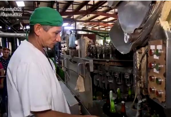 Embotelladora de Bayamo diversifica sus producciones (+fotos y video)