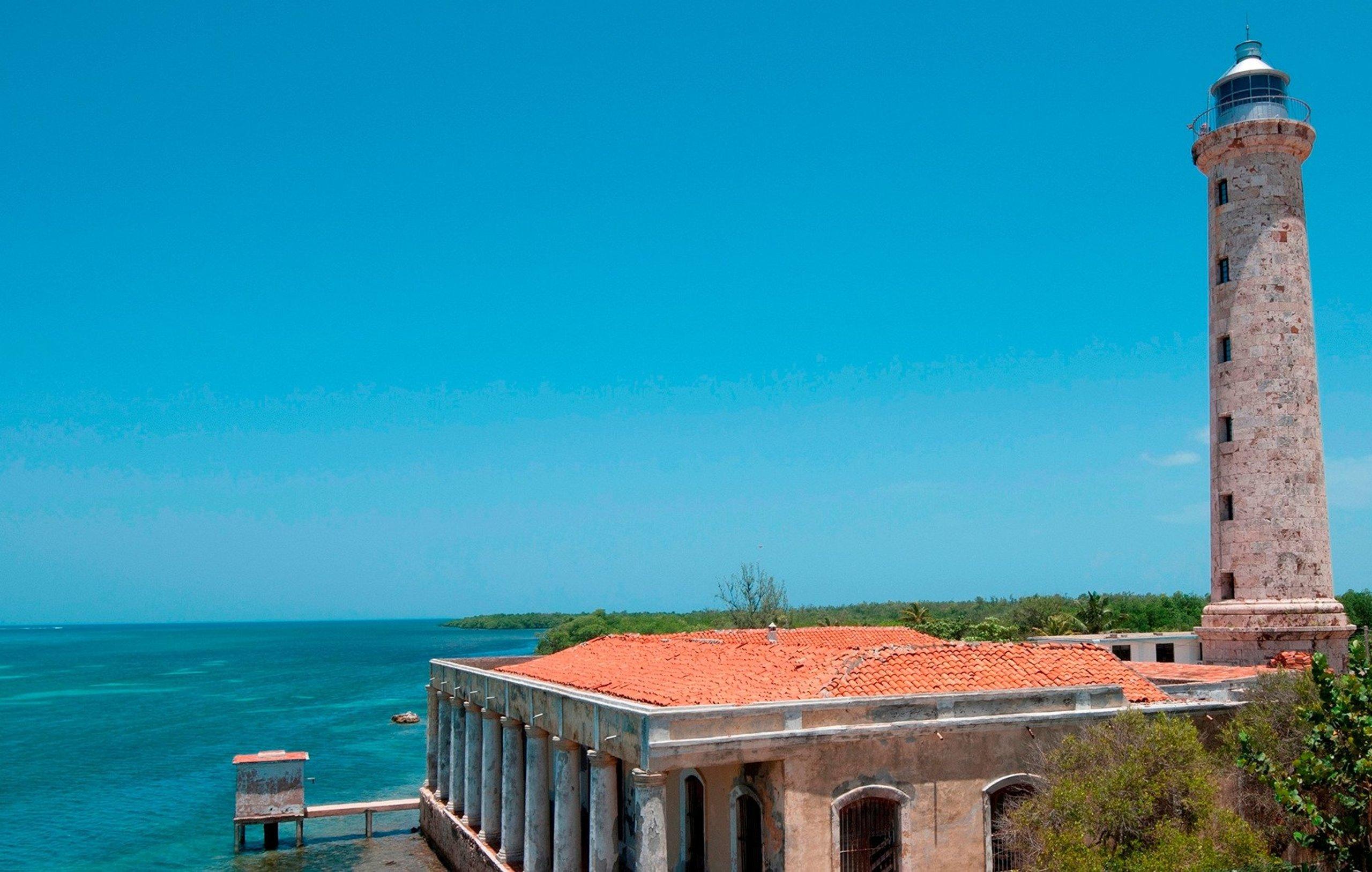 Mirando el mar 149 años