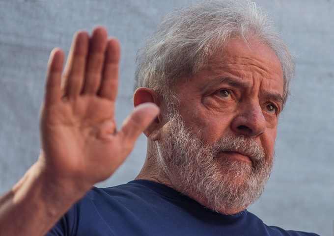 Defensa de Lula por suspender en Brasil juicio en caso Guarujá (+video)