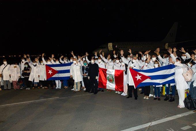 Ya en Perú brigada médica cubana para luchar contra la COVID-19 (+video)