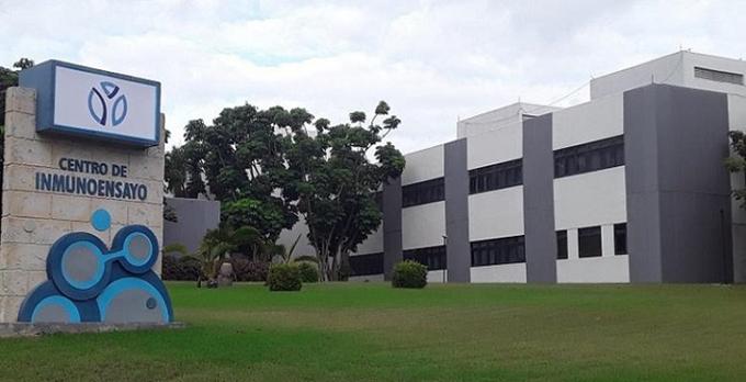 Centro de Inmunoensayo dota a Cuba de diagnosticador efectivo y de alto alcance para la Covid-19 (+ video)