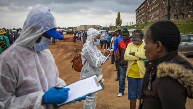 Covid-19 galopa sobre Africa; suben los contagios y los decesos