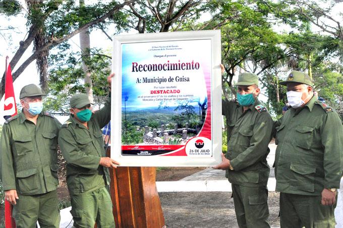 Entregan a Guisa condición de municipio destacado