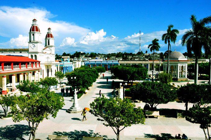 Celebran este sábado fundación de Manzanillo
