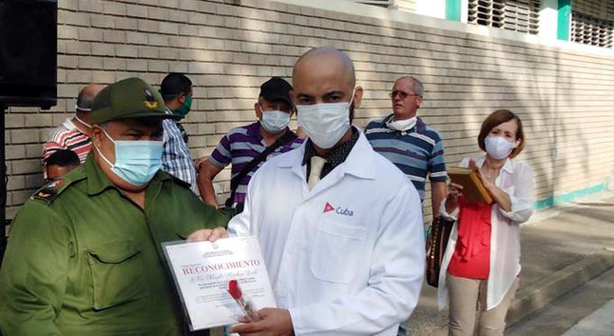 Felicitan a trabajadores de Salud Pública en Granma (+ fotos)
