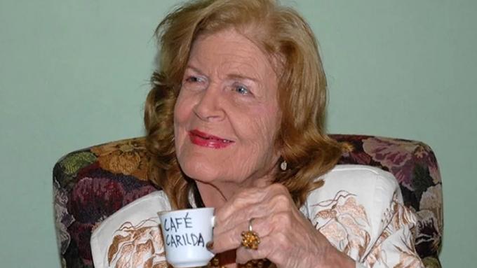Editorial de Cuba recuerda a prominente poetisa Carilda Oliver