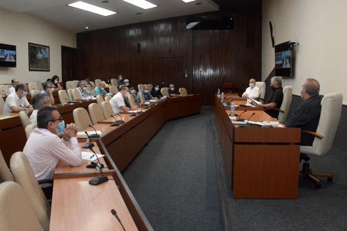 Protocolos cubanos para tratar la covid-19, vitales en la evolución clínica de los pacientes