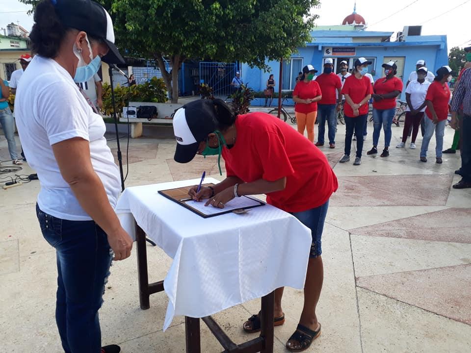 Abanderan en Niquero grupo de apoyo que combatirá las indisciplinas sociales