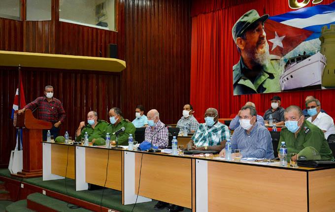 Convocan a potenciar  desarrollo y producción agrícolas en Granma y en Santiago de Cuba