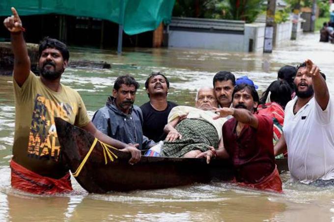 Varias partes de la India continúan afectadas por las inundaciones