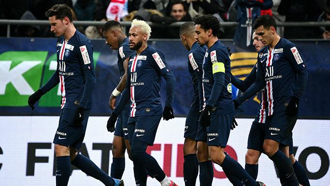 UEFA multa al PSG por retraso de partido en Champions