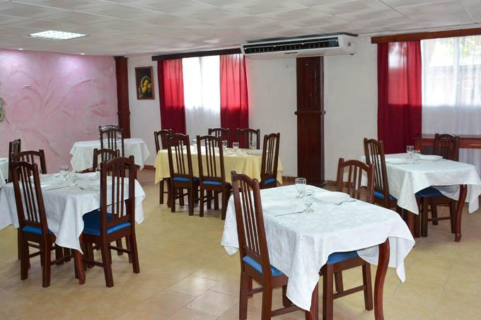 Rejuvenecida unidad gastronómica El Leonero, de Río Cauto