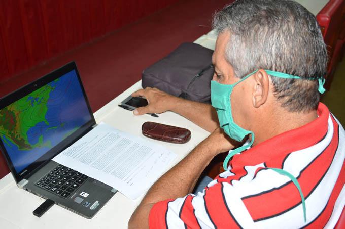Chequean medidas en Granma ante el inminente azote de tormenta tropical Laura