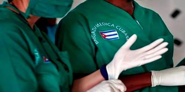 Bien de salud colaboradores cubanos en Haití y demás islas caribeñas azotadas por Laura