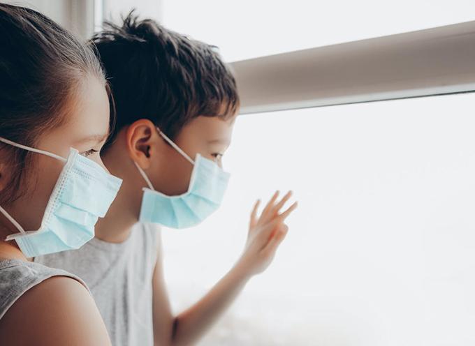 Más de 97 mil niños con Covid-19 en EE.UU. en dos semanas