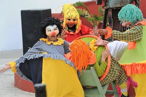 Opciones teatrales en Bayamo y Manzanillo