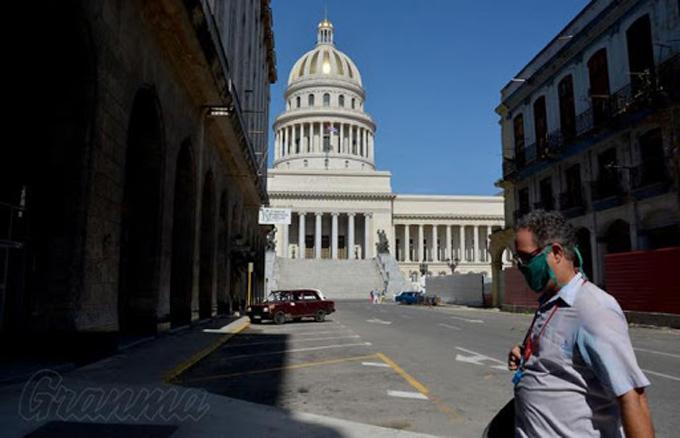 Rechaza Díaz-Canel indisciplinas y negligencias ante Covid-19 en Cuba
