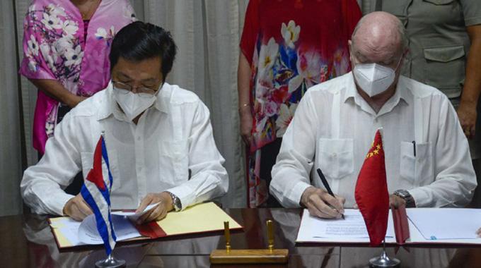Firman Cuba y China instrumentos jurídicos que reafirman la cooperación bilateral