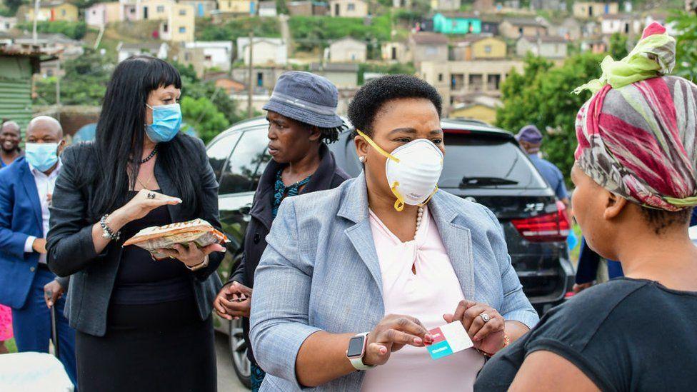 Recuperación de la Covid-19 en Sudáfrica llega al 90 por ciento
