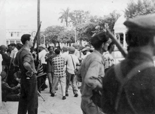 Cienfuegos se levanta heroica en 1957
