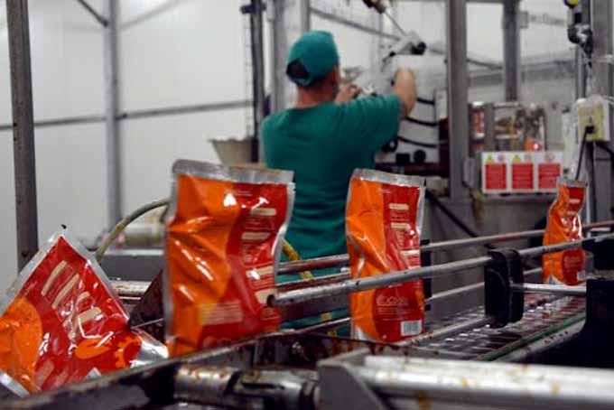 Cuba aprueba nuevas medidas para funcionamiento de empresas estatales