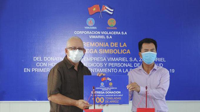 Destaca Díaz-Canel donación de empresa vietnamita a sistema de la salud cubano